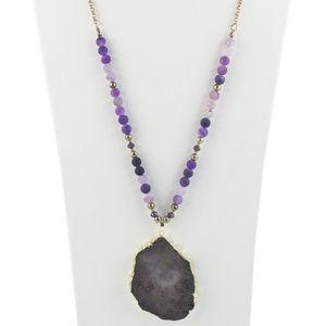 NWOT Natural Stone Druzy Pendant Necklace